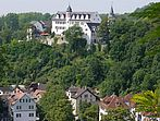 Schloss und Dorf